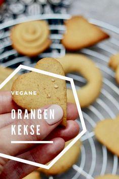 Ein Rezept für vegane Orangenkekse Vegan Food, Vegan Recipes, Healthy Food, Cupcakes, Sweet Treats, Clean Eating, Good Food, Cookies, Baking