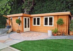 Bordeaux flat roof log cabins from Lugarde