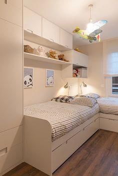 Umfassende Reform in Neguri: Gumuzio & Migoya Kinderzimmer Architektur und Innenarchitektur - - - Kids Bedroom Decor, Above Bed Decor, Room Design, Awesome Bedrooms, Small Apartment Bedrooms, Bedroom Design, Kids Bedroom Designs, Modern Bedroom, Childrens Bedrooms