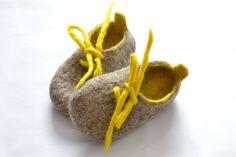 Baby+Shoes+Natural+Felted+Wool++Birth+0++18+months+por+UrsulaShop,+$44,50