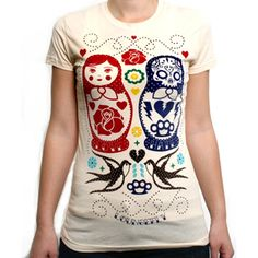 Russian Nesting Dolls T-Shirt £19.99 Oh my gosh two of my favorite things! Nesting dolls and skulls