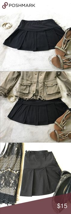 "Pleated Mini Skirt Adorable mini skirt in black! 💋 Back zip. Pair with you fav heels or flats! So versatile!! Measurements laying flat are approximately 15"" waist 12"" length Divalicious Skirts Mini"