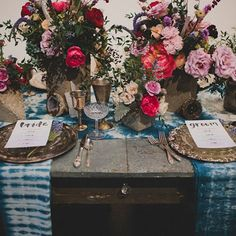 Modern watercolor inspired wedding with pretty berry florals + dyed indigo table decor!