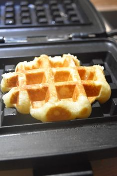 Beignets, Waffles, Muffins, Cookies, Breakfast, Ds, Food, Cupcakes, Cooking Recipes