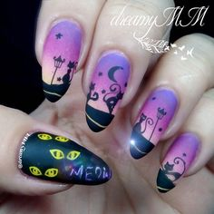 Halloween design with cats nail art by @dreamymm on Instagram using Messy Mansion Nail Stamping Plate MM50