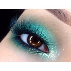 Turquoise mascara to match shadow.