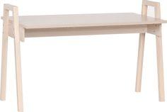 Cechy i korzyści: Idealne biurko do mniejszych pokoi. Biurko posiada regulowany blat - możliwość montażu na jednym z trzech poziomów. Do dokupienia kontener biurka na kółkach. Ustawisz go tak jak ...