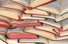 książki- prawie same kryminały, no rozstać się z nimi nie mogę :)