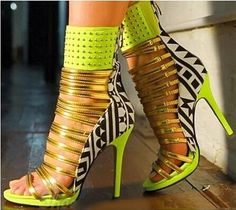 2015 New Arrivals Girl Contrast Color Rivets Ankle Wrap Sandals peep toe straps high heel sandals celebrites prom shoes Big Size Sexy High Heels, Frauen In High Heels, High Heels Stilettos, Strappy Heels, High Heel Boots, Womens High Heels, Shoes Heels Boots, Heeled Boots, Shoes Sandals