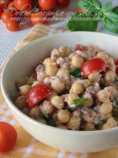 chickpeas and tuna in salads Healthy Recepies, Healthy Dinner Recipes, Vegetarian Recipes, Cooking Recipes, Feel Good Food, I Love Food, Italy Food, Slow Food, Light Recipes