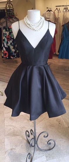 2017 Short Prom Dress Homecoming Dress, Red Short Prom Dress Homecoming Dress, Simple A-line Homecoming Dress from modsele 2017 short homecoming dresses, short black homecoming dress, spaghetti straps short black homecoming dress Short Red Prom Dresses, Simple Homecoming Dresses, Prom Party Dresses, Ball Dresses, Short Prom, Dress Party, Black Formal Dress Short, Pretty Dresses, Beautiful Dresses