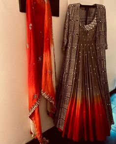 Indian Fashion Dresses, Pakistani Dresses Casual, Indian Gowns Dresses, Pakistani Bridal Dresses, Dress Indian Style, Pakistani Dress Design, Indian Designer Outfits, Indian Outfits, Shadi Dresses