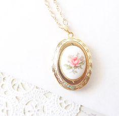 Vintage Rose Locket Necklace 16k Gold Plated - Gold Locket - Oval Locket - Keepsake - Vintage Limoges