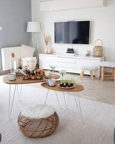 35 popular living room carpet decoration concepts – home decor Living Room Carpet, Home Living Room, Living Room Decor, Interior Design Living Room Warm, Living Room Designs, Warm Home Decor, Concept Home, Living Room Inspiration, Decor Room