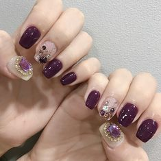 What Christmas manicure to choose for a festive mood - My Nails Perfect Nails, Gorgeous Nails, Love Nails, Pretty Nails, My Nails, Asian Nail Art, Asian Nails, Korean Nails, Purple Nails