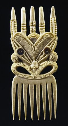 Ornamental comb (Heru), bone with paua shell, Polynesian Designs, Maori Designs, Decorative Hair Combs, Tribal Hair, Object Photography, Maori Art, Carving Designs, Bone Carving, Indigenous Art