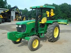 John Woodie Enterprises, Inc - John Deere 5065E