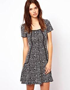 Image 1 ofWarehouse Short Sleeve Ditsy Smock Dress