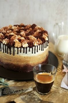 Itt a tiramisu ombre torta Hungarian Cake, Tiramisu Cake, Crazy Cakes, Fudge, Healthy Snacks, Cake Decorating, Cheesecake, Food Porn, Food And Drink