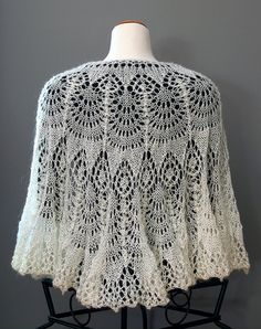 HANDKNIT LACE Beaded SHAWL In Antique White Wedding Mohair/Acrylic Elegant Wrap Stole Cowl Cape Scarf Victorian Style Fasionable