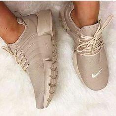 NIKE Air Presto White Small Hook Nike Air Presto Khaki Fashion Women / Men Running . Running Sneakers, Running Shoes For Men, Shoes Sneakers, Mens Running, Women's Shoes, Running Style, Ladies Sneakers, Running Fashion, Nike Shoes Outfits