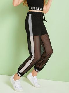 To find out about the Girls Drawstring Waist Striped Hem Fishnet Mesh Overlay Pants at SHEIN, part of our latest Girls Pants & Leggings ready to shop online today! Cute Lazy Outfits, Teenage Outfits, Sporty Outfits, Stylish Outfits, Grunge Outfits, Girls Fashion Clothes, Teen Fashion Outfits, Preteen Girls Fashion, Girls Sportswear