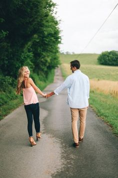 TESSA BARTON: Engagements  This couple is so beautiful. Want this type of shoot for my engagement!
