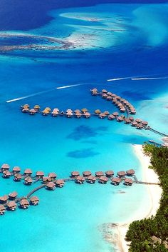 Four Seasons Resort Bora Bora, French Polynesia © Mushi