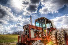 Tractor on Farm by Andy Feliciotti, via Flickr