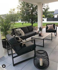Outdoor Sofa, Outdoor Living, Outdoor Furniture Sets, Outdoor Decor, Backyard Patio Designs, Garden Living, Terrace Garden, Home Living Room, Amazing Gardens