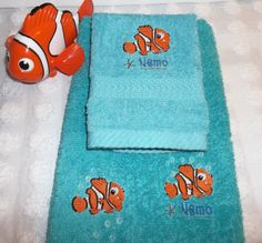 Nemo Towel Finding Nemo Embroidered Teal Turquoise Aqua 2 Piece Hand Towel and…