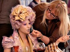 Ve Neill working on Effie, such a talented makeup artist.