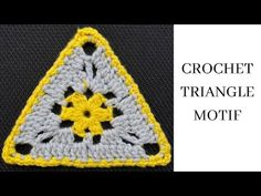 Crochet Triangle, Crochet Motif, Knit Crochet, Crochet Hats, Christmas Tree Pattern, Granny Squares, Watch V, Tutorials, Knitting