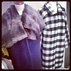 Mise aux points hiver 15/16 Manteaux pièces uniques Pure laine fourrure Sur mesure #manteaux #coat #outfit #mode #design #hiver #winter #collection #carreaux #vichy #noir&blanc #fourrure #fur #mamaroots #Toulouse #surmesure #wool