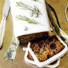 Quick Christmas cake Recipe | delicious. Magazine free recipes