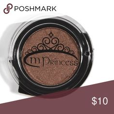 mPrincess Pressed Eyeshadow in Chestnut The mineral formula is surprisingly creamy, not at all chalky, making it easy to apply either with a brush or fingers. The shimmery copper/bronze is anything but basic. Work it into your crease for a fresh new take on the standard smoky eye. Side opening swivel keeps powder inside the compact.  The containers are designed so you can keep snap them to each other for a stack of beauty. Designed with the benefits of no fall out and can be used on the go…