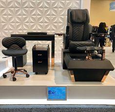 Pedicure Chair, Spa Pedicure, Modern Nail Salon, Tech Room, Spa Chair, Nail Room, Home Salon, Salon Interior Design, Salon Furniture