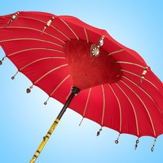 Looking for the perfect red garden bali umbrella? The bali red parasol makes the perfect addition to your patio or terrace.