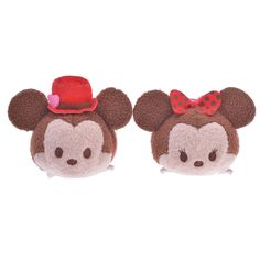 Disney have announced a new Mickey & Minnie Kachinko anniversary of Disney Store Japan Tsum Tsum set. The set is priced at yen and is due [. Tsum Tsum Valentine, Disney Valentines, Tsum Tsum Toys, Disney Tsum Tsum, Mickey And Minnie Love, Disney Mickey, Minnie Mouse, Disney Store Japan, Tsumtsum