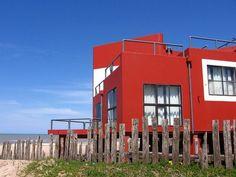 """casa """"la tumbona"""" de clorindo testa en las cercanias de Pinamar by a q u i l e a, via Flickr"""
