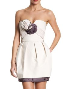 Runway BCBG Dress #bcbg #bcbgdress #bcbgrunway #celebstyle #celebrity #bcbgmaxazria #fashion #prom #cocktail #wedding #bridesmade #promdress #cocktailsress #wanderlust #ebay #pockets #dress #style http://tipsrazzi.com/ipost/1506997046120683741/?code=BTp7dQ7lhjd