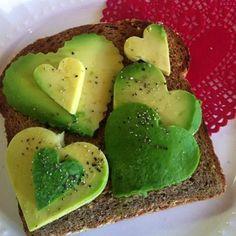 Avocado toast never looked so LOVELY! #healthy #avo #toast