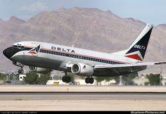 - Delta Air Lines Boeing at Las Vegas - McCarran . Boeing Aircraft, Passenger Aircraft, Boeing Business Jet, Las Vegas, Air Photo, Airline Flights, United Airlines, Commercial Aircraft, Civil Aviation
