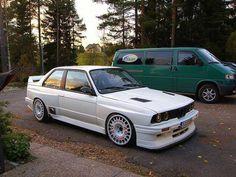 That's not the average BMW 🔥 _______________________________________ [Photo: ?] - addicted to motorsport - Cars, Racing, Rallying - automobil Bmw E30 M3, Suv Bmw, Bmw Alpina, Bmw Cars, Bmw 635csi, Aston Martin, Peugeot, Volvo, Touring