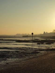 https://flic.kr/p/dtThRU | Sunrise over the river medway at the Strand Gillingham [shared]