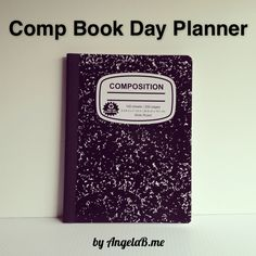 I don't know what I would do without my day planner. The planner in me NEEDS to be organized. To-do lists, calendar events, family stuff, and menu plans all need to be scheduled and tracked… Arc Planner, 2017 Planner, Planner Layout, Meal Planner, Book Crafts, Crafts To Do, Craft Books, Best Bullet Journal Notebooks, Journals