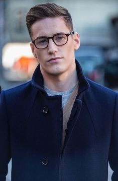Mens Fashion | #MichaelLouis - www.MichaelLouis.com Formal Hairstyles Men, Preppy Hairstyles, Hair And Beard Styles, Short Hair Styles, Pelo Formal, Shaved Hair Cuts, Gents Hair Style, Men's Grooming, Haircuts For Men