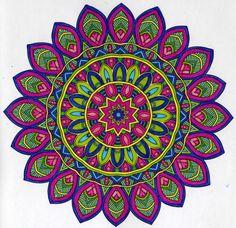 Mandala - Coloriage - extrait de Happinez Ici et Maintenant