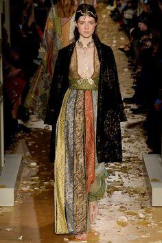 Valentino Spring 2016 Couture Fashion Show