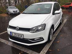 """Vreau oferta VW Jetta"" atunci cand inchiriezi VW Golf in Bucuresti Compact, Transylvania Romania, Vw Cars, Bucharest, Weekend Trips, Car Ins, Cool Cars, Golf, Unique"